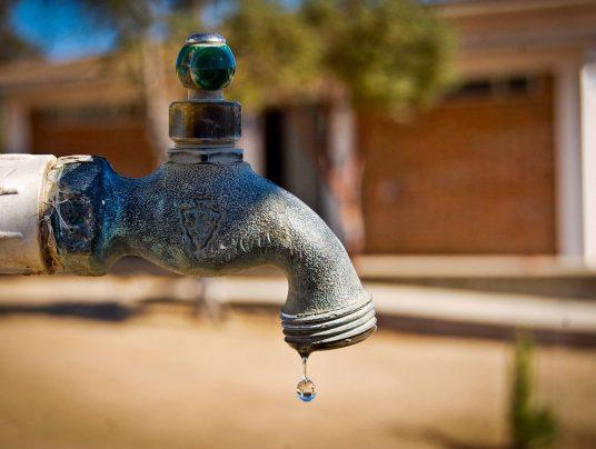Los vecinos de 13 localidades de Jaen siguen sin agua potable